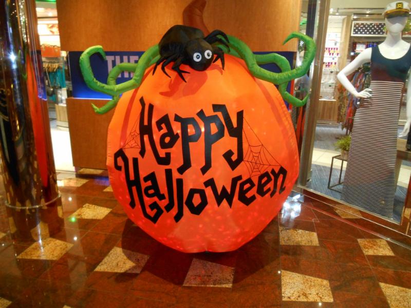 Halloween on a cruiseship!